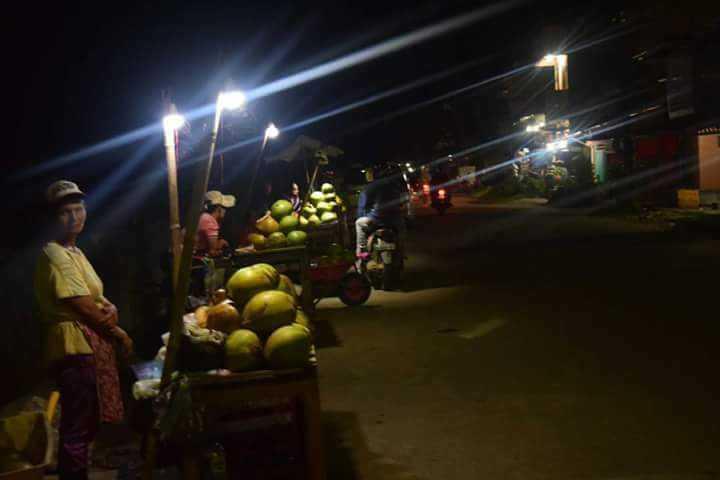 Usaha Kelapa Muda, Usaha yang Laris Manis di Kota Gunungsitoli