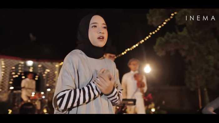 "Meninjau Lagu Perdana Sabyan Gambus ""Ya Maulana"""