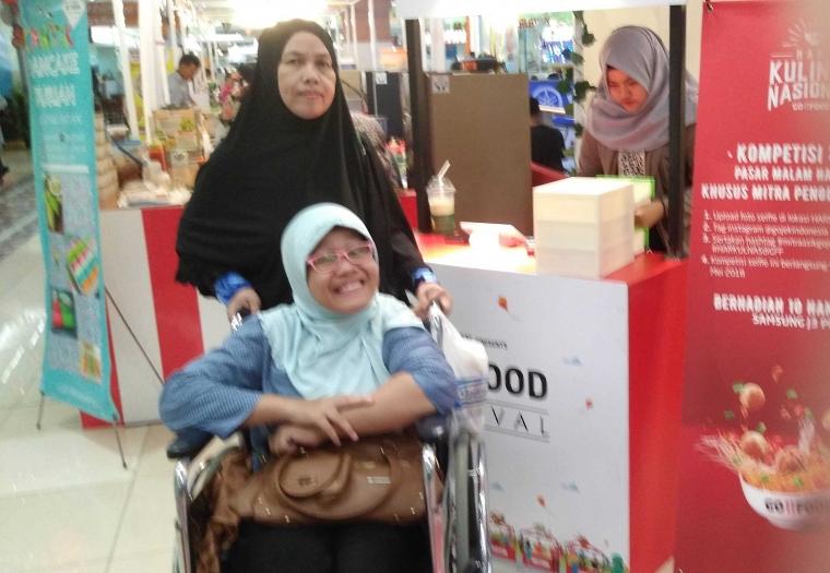 Saat Difabel Wara-Wiri di Go-Food Festival Palembang