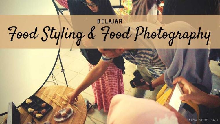 "Asyiknya Kolaborasi ""Food Styling"" dan Fotografi Bakpia Wong Jogja"
