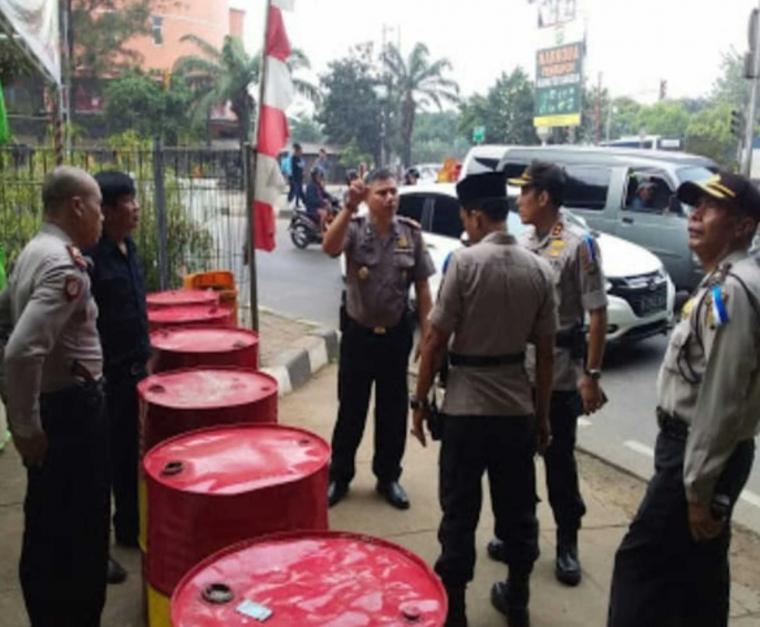 Jelang Idul Fitri, Kabag Ops Polres Metro Jakarta Barat Mengecek Pos Pengamanan Lebaran