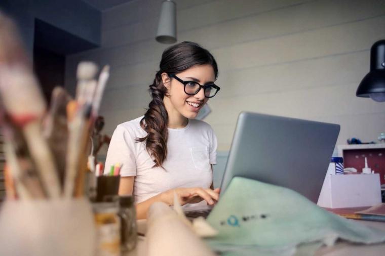 Hobi Menunggu Laptop Lemot?