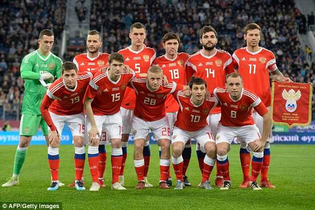 Timnas Rusia, Tuan Rumah yang Terlupakan