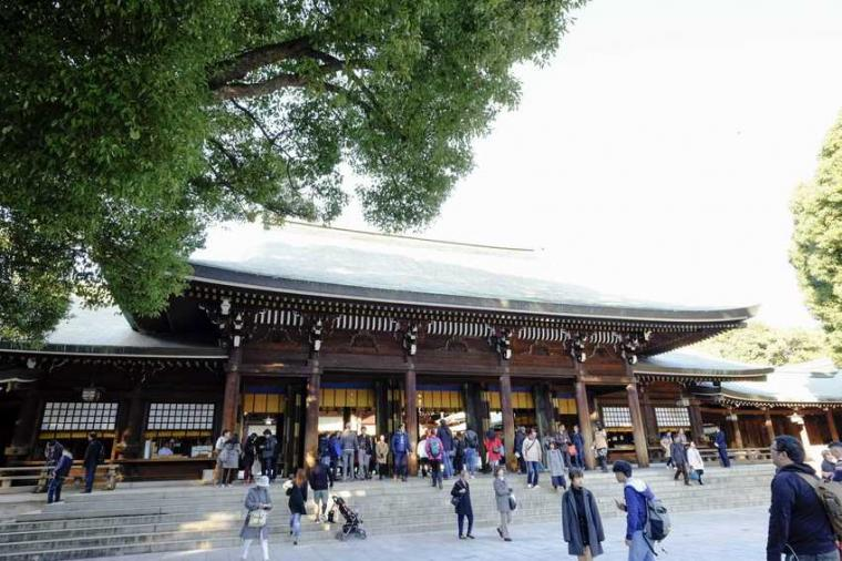"""""""Kuil Meiji Jingu"""" di Harajuku, Tempat Penyembahan untuk Kaisar Meiji dan Permaisurinya"""
