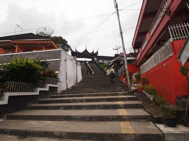 Janjang Ampek Puluah, Undakan Bersejarah di Bukittinggi