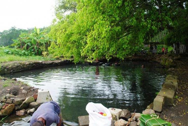 Uniknya Arca Naga di Situs Bale Kambang, Batang, Jawa Tengah