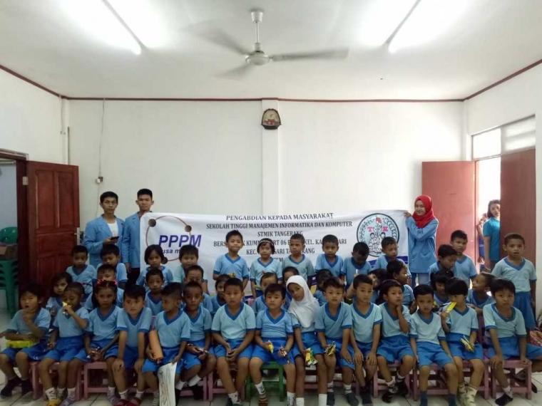 """""""Meningkatkan Konsentrasi Anak"""", Pengabdian Masyarakat STMIK Nusa Mandiri bersama TK Kumnamu"""