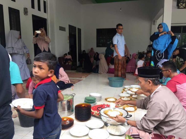 Tradisi Merekat Silaturahmi dengan Sanak Kerabat Saat Lebaran