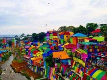 70 Gambar Rumah Warna Warni Malang HD Terbaru