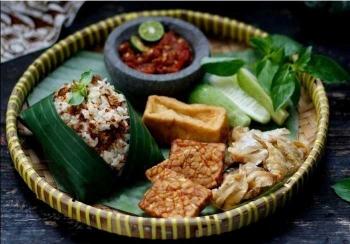Aneka Makanan Khas Jawa Barat Terpopuler Halaman All Kompasiana Com