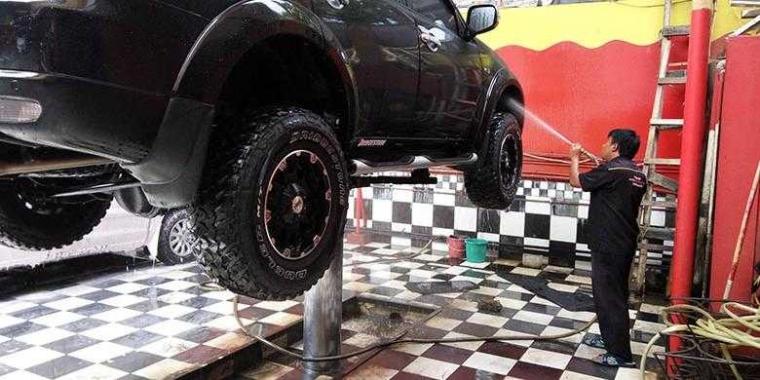 Waspadalah Jika Mencuci Mobil dengan Hidrolik