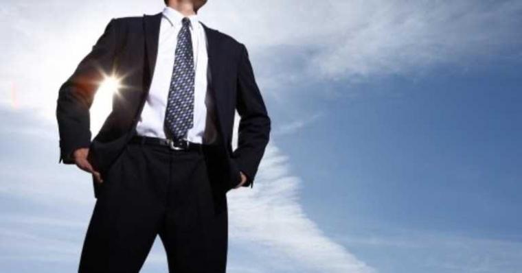 Dibalik Keberhasilan Suatu Organisasi Maupun Perusahaan, di Situ Ada Pemimpin yang Hebat