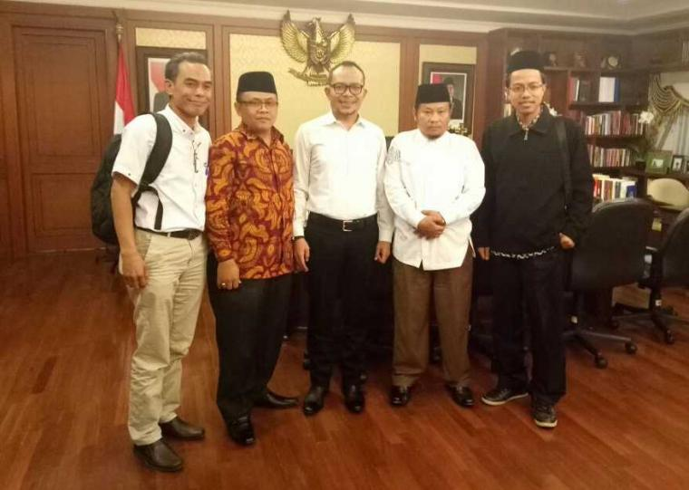 Audiensi ke Menaker RI, Indonesia Retirement Outlook (IRO) 2018 Siap Digelar