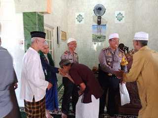 Kapolres Sanggau Jadi Khotib Sholat Jumat di Masjid Adz-Dzikra