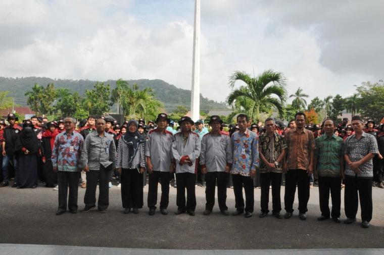 233 Mahasiswa UBB dan UNS KKN di Bangka