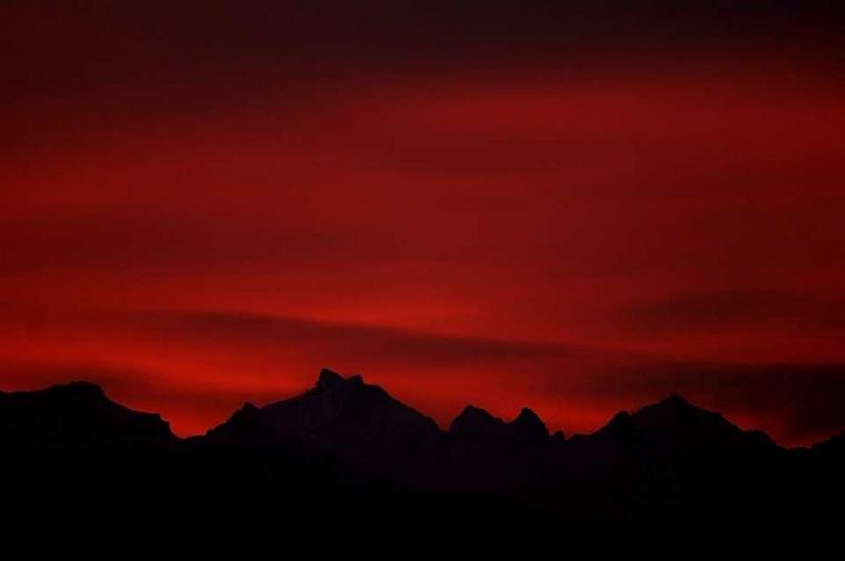 Langit Terbakar