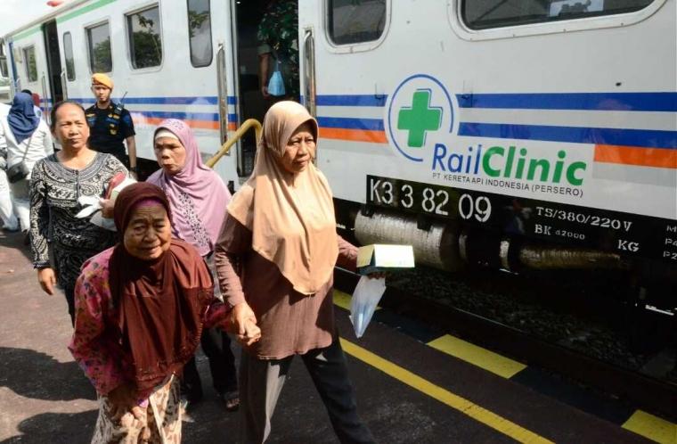 Berikan Pelayanan Kesehatan Gratis, Warga Apresiasi Rail Clinic