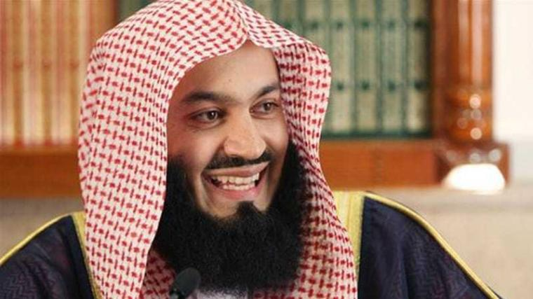 Dialog Singkat Mufti Menk dengan Seorang Atheis Tentang Neraka