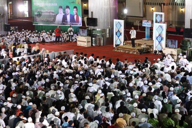 Ustaz Abdul Somad Bawakan Pengajian Akbar Dewan Masjid Indonesia di Istiqlal