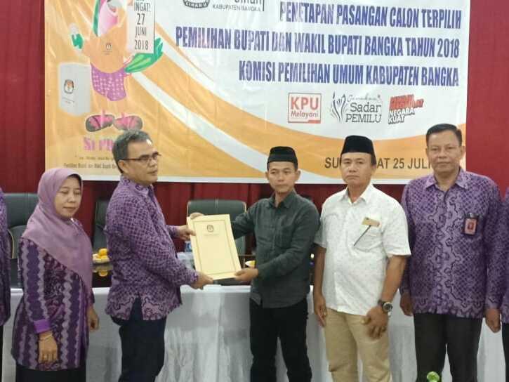 KPU Bangka Tetapkan Calon Terpilih Bupati dan Wakil Bupati Mulkan dan Syahbudin Menang Telak