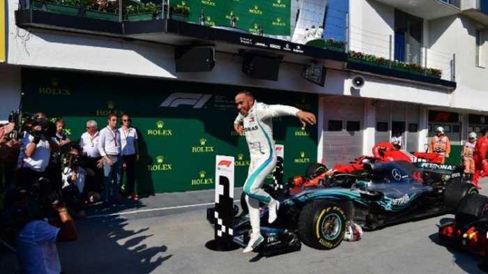 Hamilton Memenangkan Balapan F1 GP Hungaria