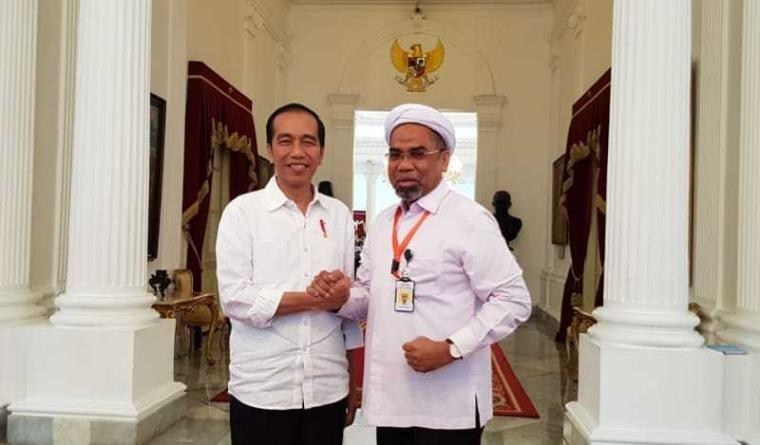 Ali Mochtar Ngabalin, Gelandang Bertahan Rekrutan Terbaik Jokowi Tahun Ini