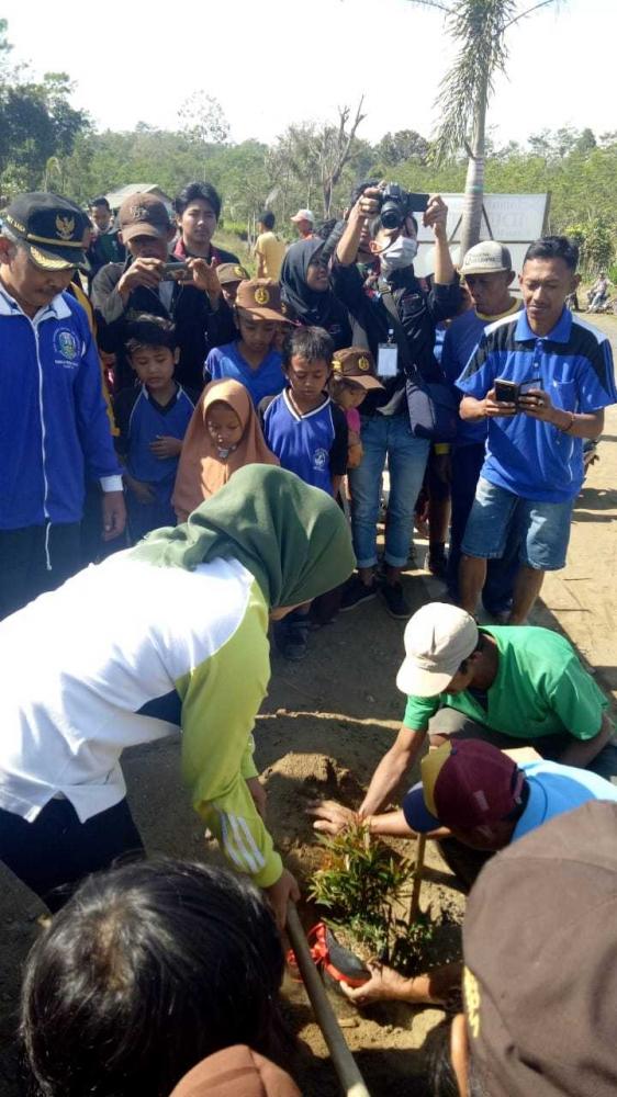 Mahasiswa KKN Kelompok 16 UMM Bikin Gempar Wonoayu
