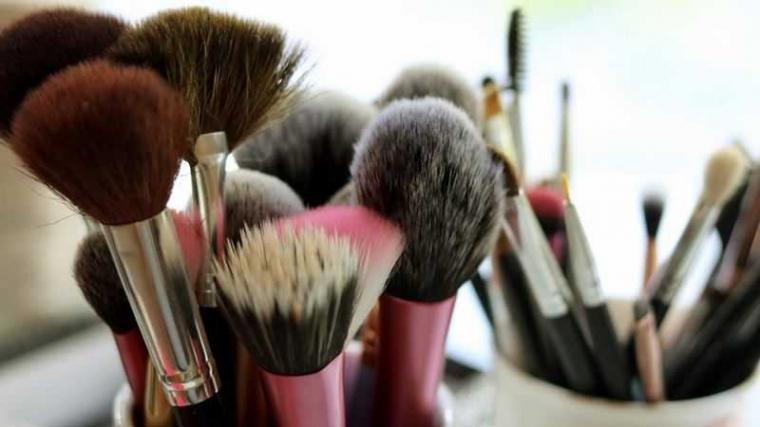 Enggak Bikin Nyesel, Ini 5 Rekomendasi Set Kuas Make-up Untukmu