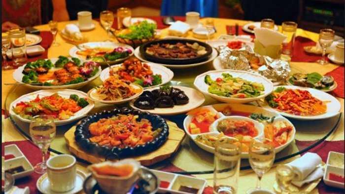 Perluas Wawasan dengan Makan