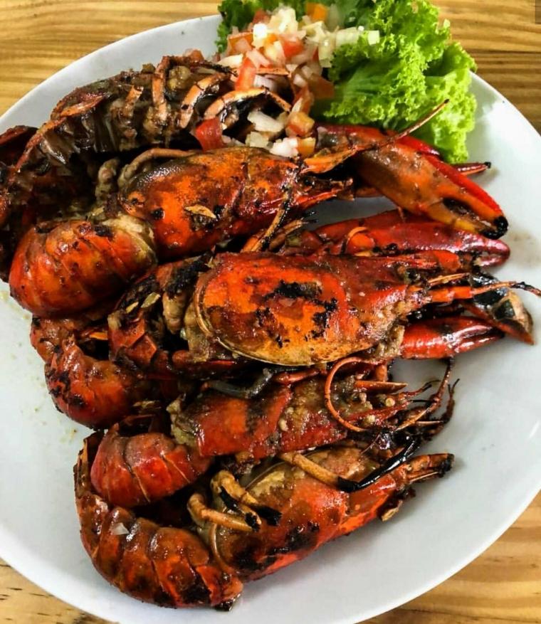 Menikmati Grill Lobster di Bogor
