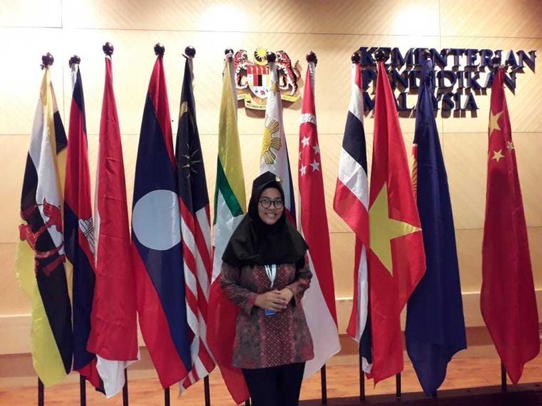 Begini Serunya KKN Antarbangsa ke Pedalaman Malaysia