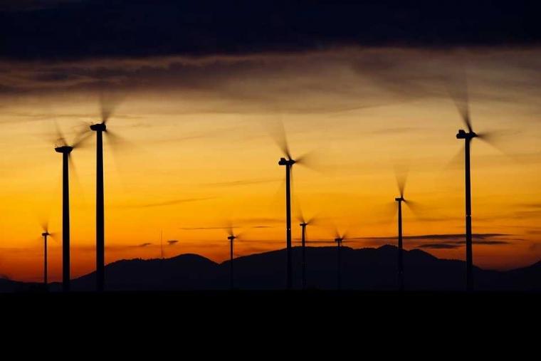Energi Baik Tumbuh Berlipat Jika Bergaul dengan Orang-orang Positif
