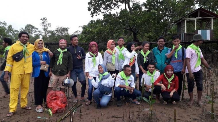 Mepa UNPATTI Gelar Penanaman 1001 Mangrove dalam Rangka Memperingati Hari Konservasi