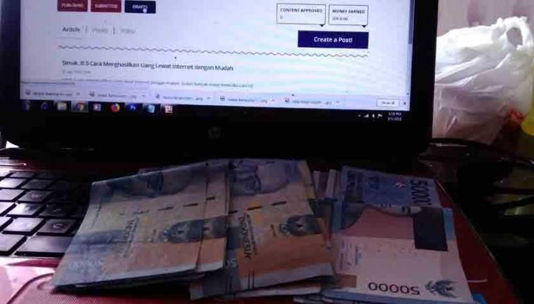Mencari Uang di Internet dengan Menjadi Penulis (Tips ...