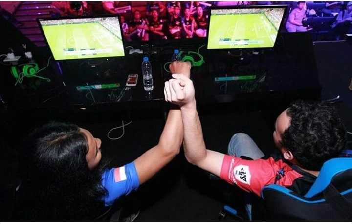 Dukungan Juara Dunia untuk Pemain E-Sport Indonesia di Asian Games