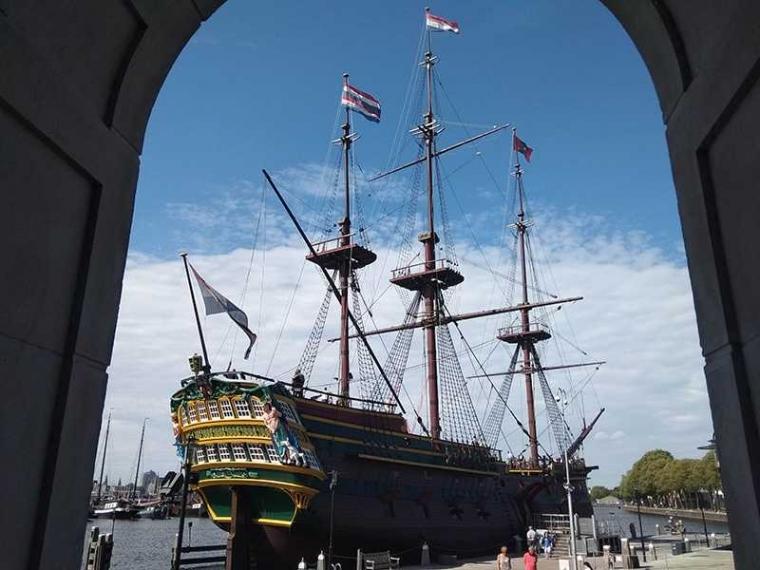 Pengalaman Menaiki Kapal VOC