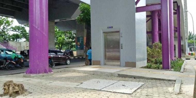 Fasilitasnya Ada Namun Tidak Bisa Digunakan, Benarkah LRT di Palembang Ramah Difabel?