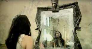 (Prosamini) Di Depan Cermin