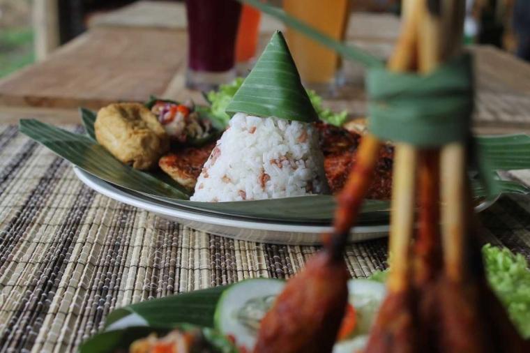 Sensasi Padi, Gabah dan Nasi Disawa Pawon Jogja