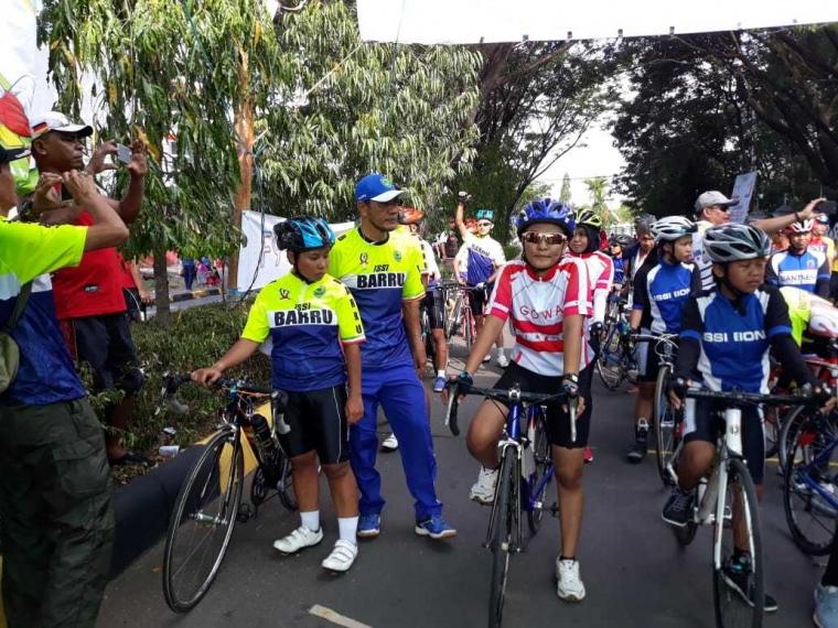 Balap Sepeda Barru  Raih Emas di Porda Pinrang