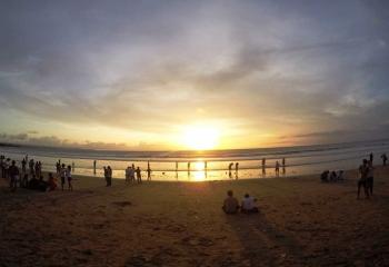 8 Daftar Destinasi Wisata Pantai Di Bali Selatan Yang High