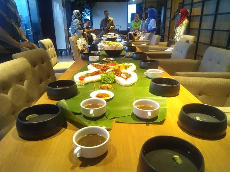 Melihat dari Dekat Nuansa Lokal Batiqa Hotel Surabaya