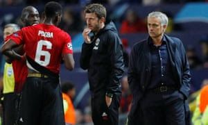 """Di Balik """"Stagnasi"""" Manchester United"""