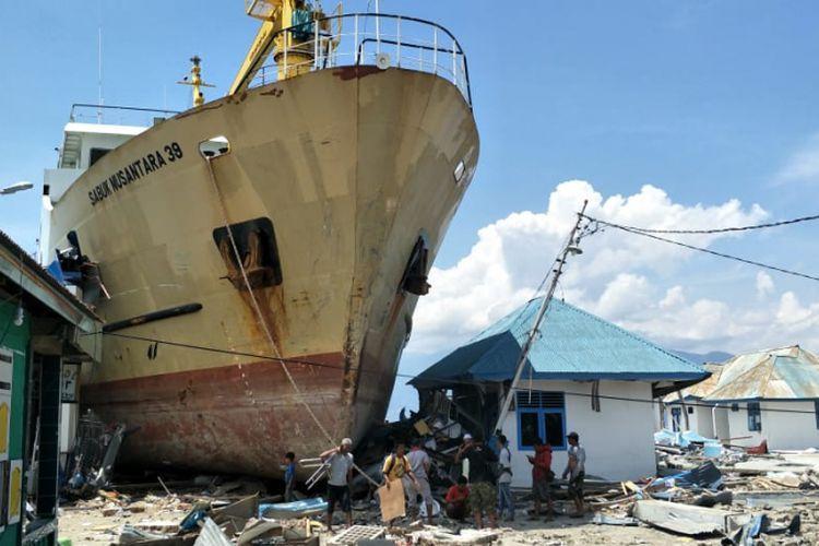 Ketika Bencana Dijadikan Alat Menyerang Petahana