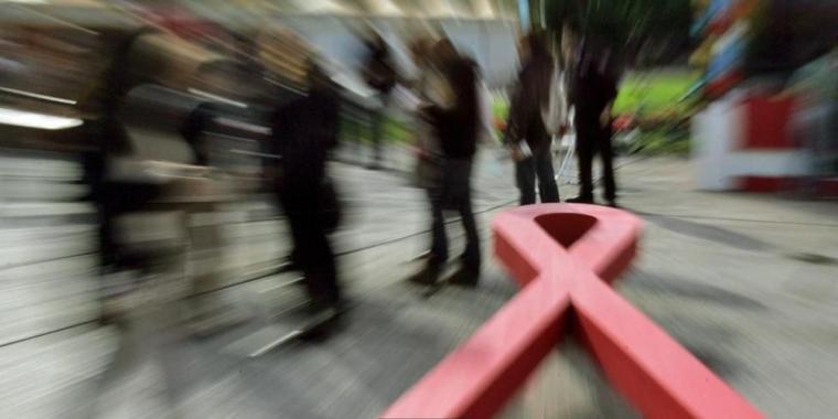 AIDS di Riau, Tidak Ada Kasus HIV/AIDS dengan Faktor Risiko Seks Lesbian