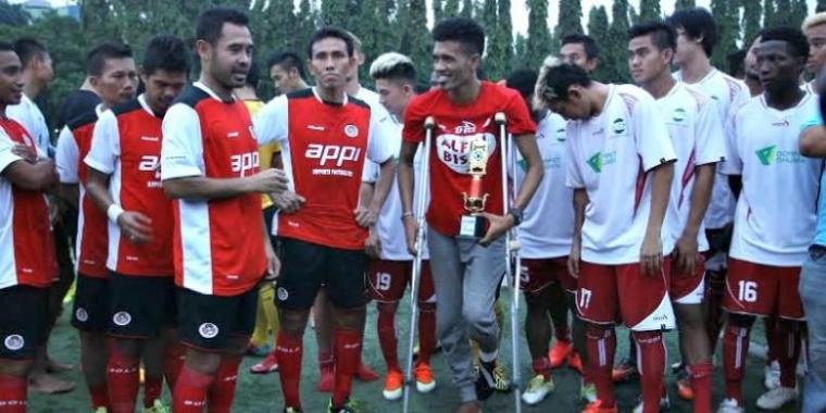 Kemenangan Timnas Senior dan Kemenangan Alfin Tuasalamony