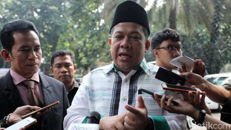 "Fahri Hamzah Sukses Mainkan Taktik ""Politik Caper""?"