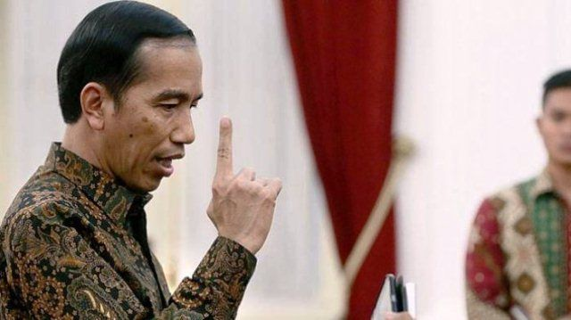 Pak Jokowi, Tak Perlu Ragu Naikkan Harga Premium