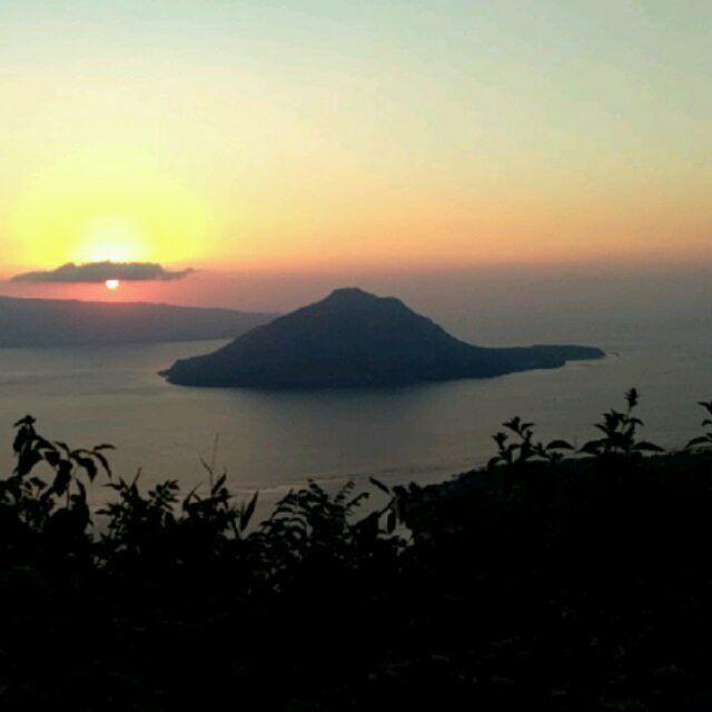 "Pesona ""Sunset"" di Bukit Hulnani Alor"