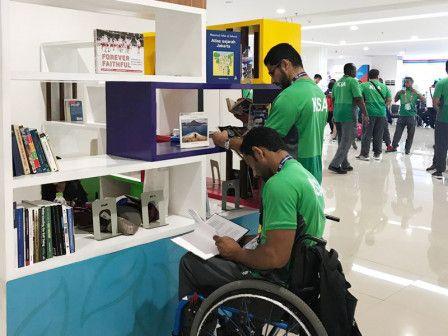 Pojok Baca di Wisma Atlet Diminati Atlet Asian Para Games